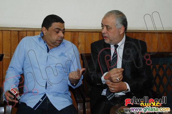نرمين الفقي وكل فنانين مصر والعرب في عزاء ولدة نرمين الفقي ghlasa1383174479682.jpg